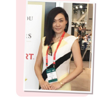 小俣さん at Las Vegas Jewelry Show